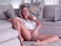 Babe Blonde Masturbation