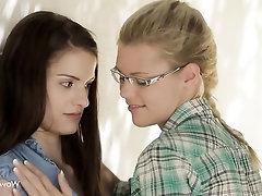 Lesbian Masturbation Public Babe