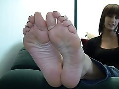 Amateur Brunette Foot Fetish Softcore