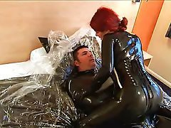alte pornos latex blowjob