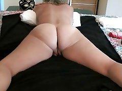 Amateur Anal Masturbation MILF