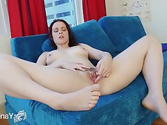 Amateur Brunette Masturbation Small Tits Softcore