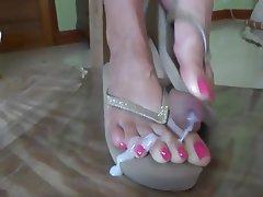 Foot Fetish Masturbation MILF