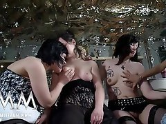 Big Boobs Lesbian Mature Swinger Teen