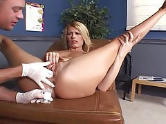 Big Boobs Blonde Hardcore MILF Squirt