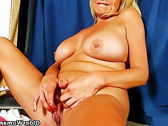 Masturbation Mature MILF Pantyhose Stockings