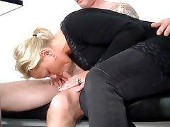 Blowjob Blonde Cuckold Big Butts
