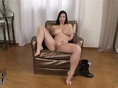 Babe Big Tits Casting Ebony