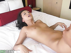Amateur Asian Babe Blowjob Homemade