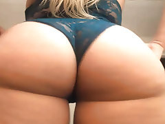 Amateur Big Butts Blonde Webcam
