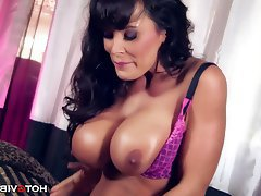 Big Boobs Big Butts Mature MILF Pornstar