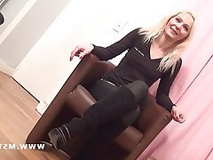 Amateur Blonde Casting French MILF