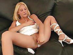 Babe Blonde Masturbation Squirt