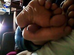 Asian Chinese Cumshot Foot Fetish Handjob
